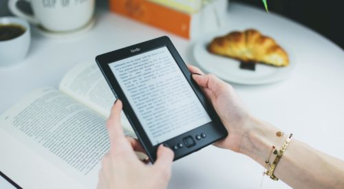 Study: Most People Still Prefer Print Books Over Ebooks
